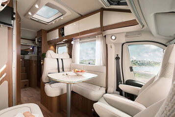 HY17_TrampSL588_PAL_Cast_Interior_Stitch1_150dpi.5.jpg